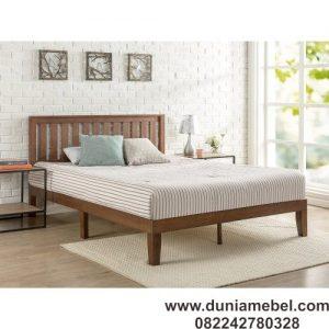 Tempat Tidur Minimalis Gaya Klasik