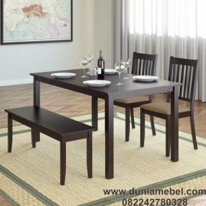 Meja makan santai