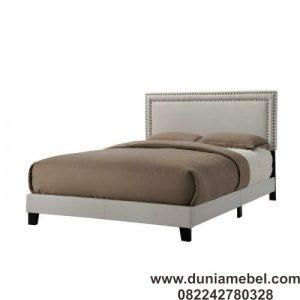 Tempat Tidur Minimalis Misael
